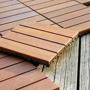 Dale deck din lemn